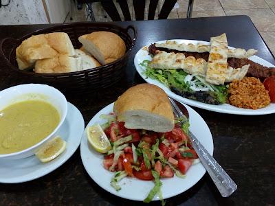 Kebiasaan Makan Turki
