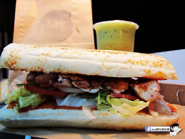 IMG 4941 - 【熱血採訪】NickJu 尼克啾 碳烤法式三明治 位於中國醫附近的尼克啾 NickJu 主打法式三明治,把餐廳所用的食材搬到街頭,讓客人用平價價格吃到高檔美味