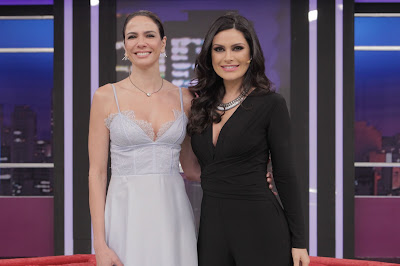 Luciana Gimenez e Natália Guimarães - Crédito/Foto: Artur Igrecias/Divulgação RedeTV!