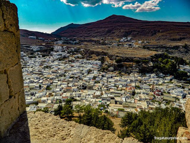 A Vila de Lindos, na Ilha de Rodes, vista da Acrópole