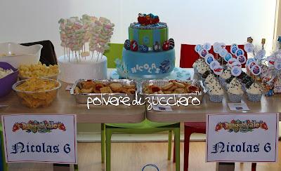 torta dragonvale, cake design torta in pasta di zucchero dragonvale cake polvere di zucchero