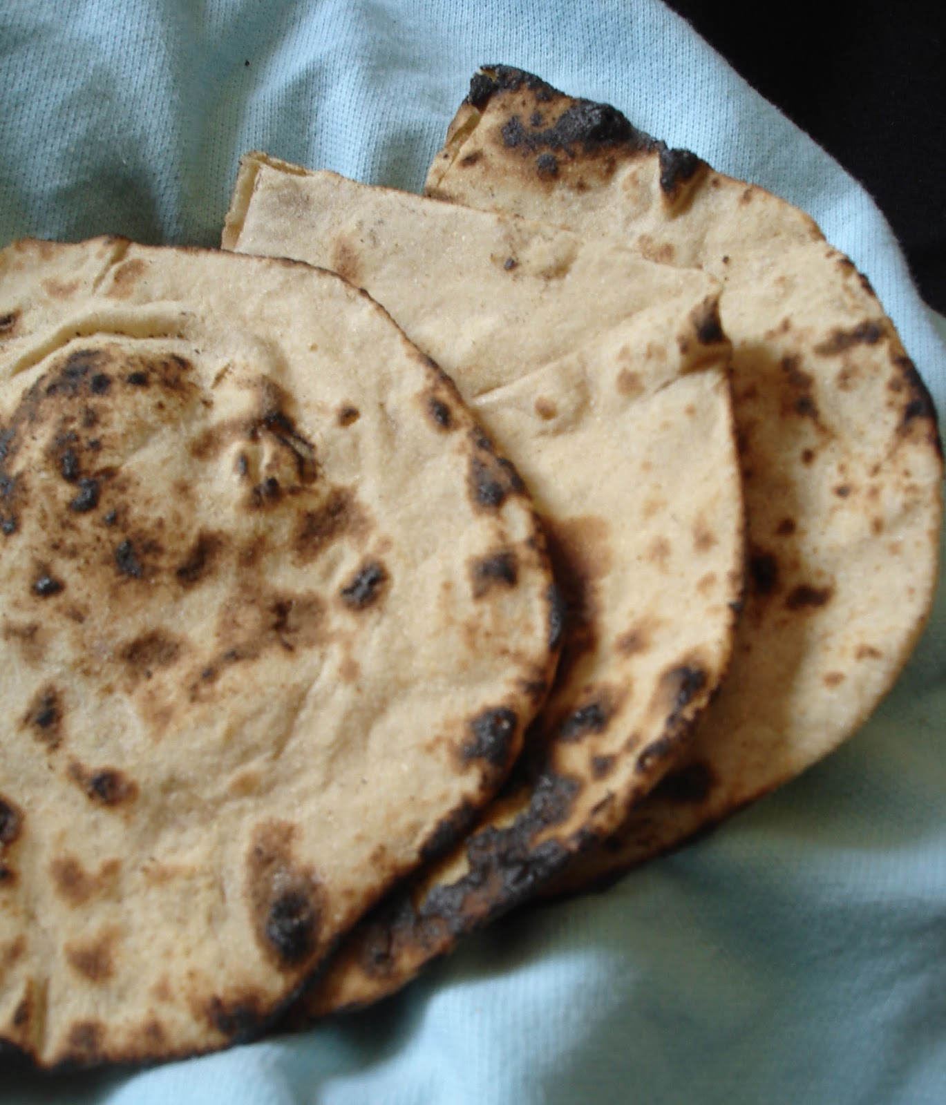 Tandoori roti in cooker