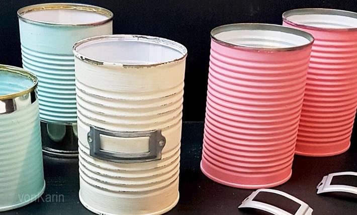Konservendosen-in-Pastellfarben-bemalt-als-Stiftehalter