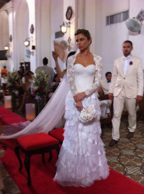 9 Grazi Massafera vestida de noiva