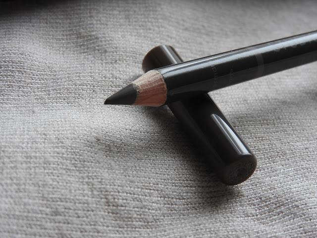 Studio 10 et son Brow lift perfecting liner, un allié pour mes sourcils