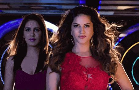 Sunny Leone hot scenes from Beiimaan Love movie 2016