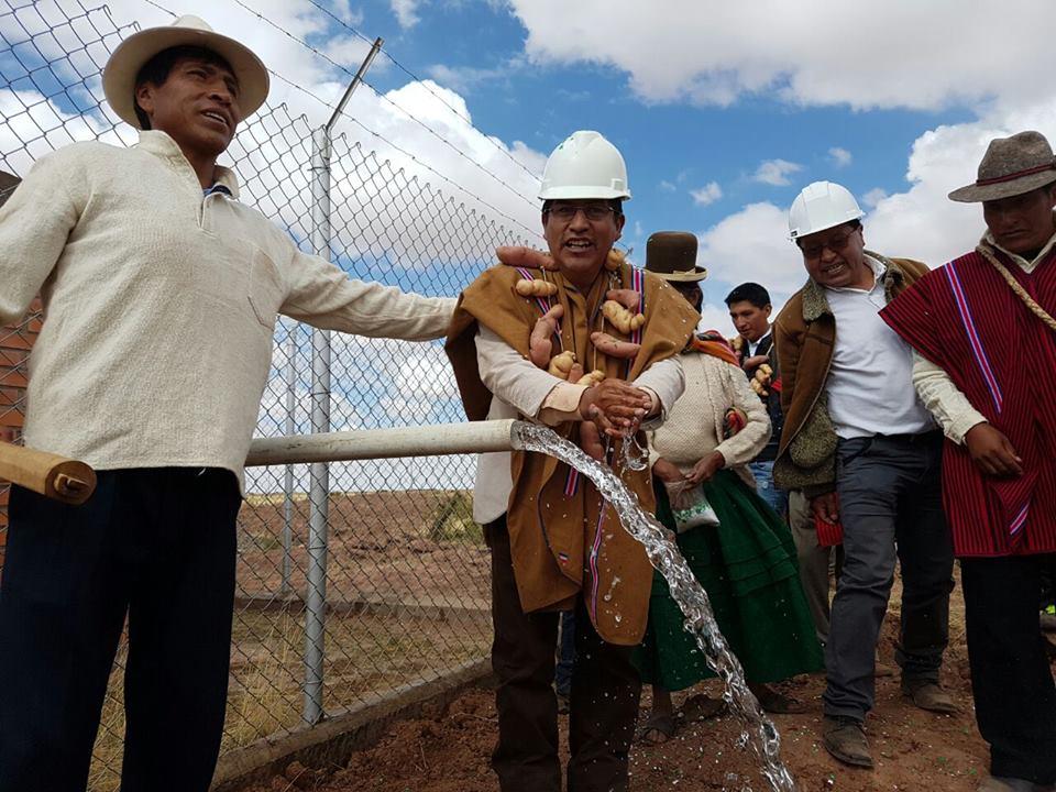 Gobernador Patzi anuncia obras de riego para cuatro municipios