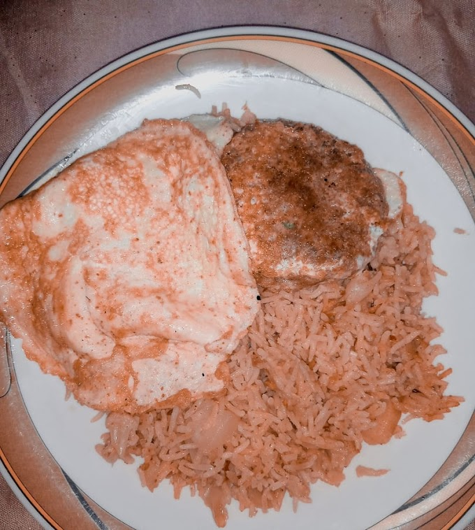 Weird Food Combinations and my dear 'Omelette over Pulao'