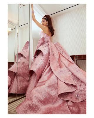 Deepika Padukone latest style looks