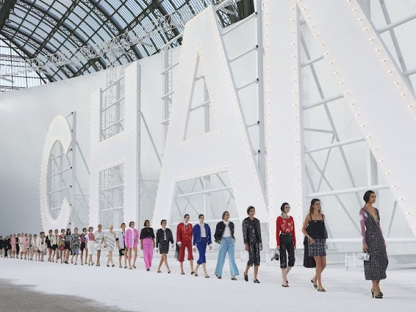 5 Things You Didn't Know About the Chanel Spring 2021 Show