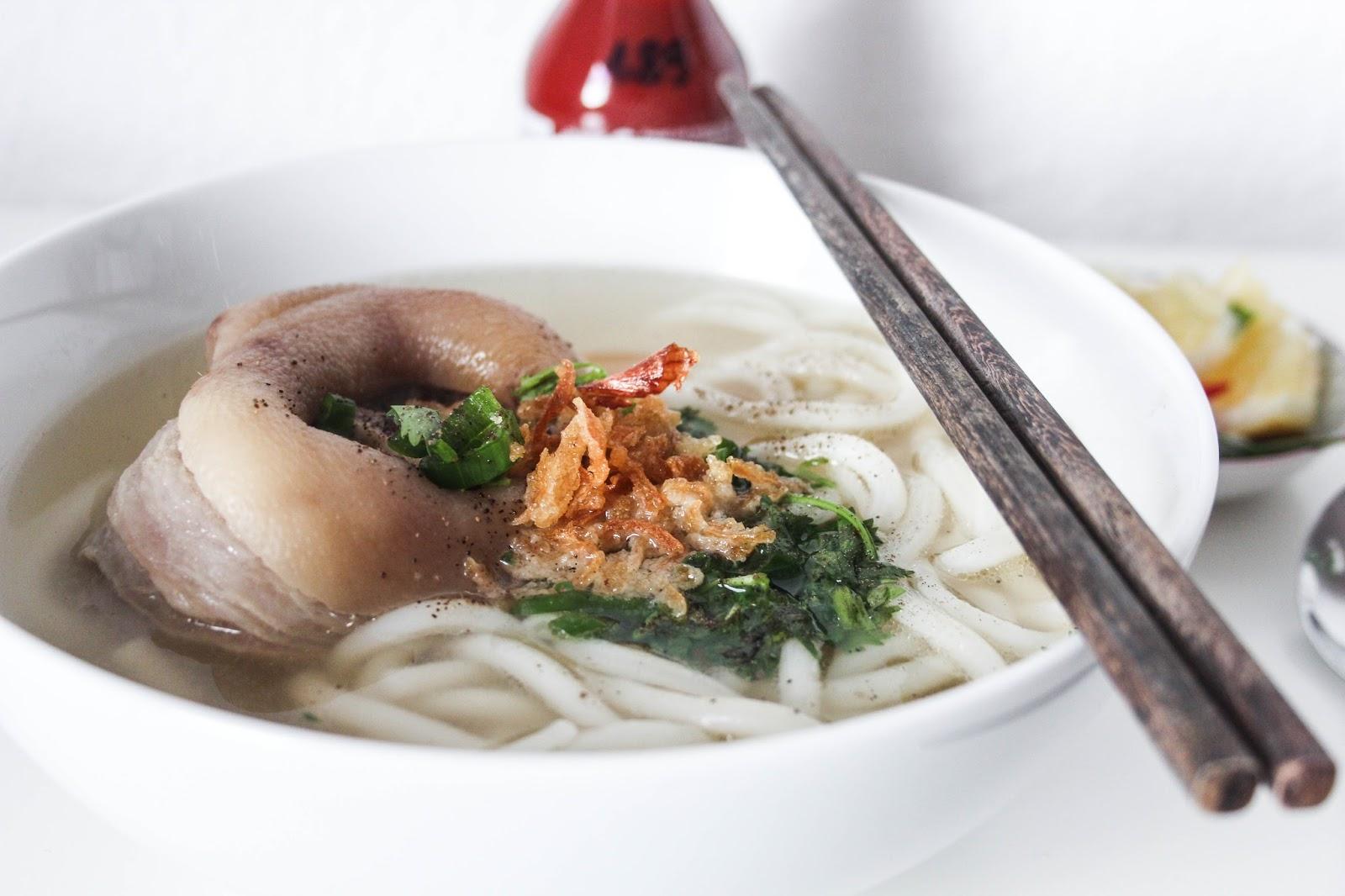 Banh Canh Gio Heo vietnamesische Nudelsuppe Rezept || www.lootieloosplasticworld.de