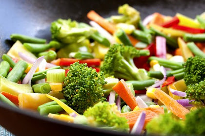 Here's How To Cook Vegetables Containing Vitamin A Properly