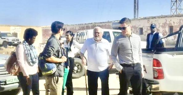 كريستوفر روس:  زيارتي إلى مخيمات اللاجئين الصحراويين لا علاقة لها بمنصبي السابق كوسيط أممي في نزاع الصحراء الغربية