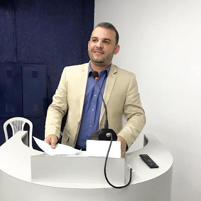 VEREADOR MAX DE ZÉ DE TOINHO QUER QUE MUNICÍPIO REVITALIZE ORLA DO POVOADO JOÃO FERREIRA PARA FOMENTAR O TURISMO NO MUNICÍPIO DE RIBEIRÓPOLIS