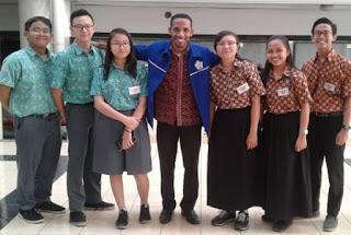 Profil Martin Karakabu Guru Kampung