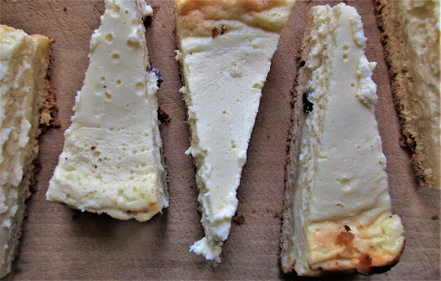 cheesecake, baked, recipe, dessert, sernik, fromage blanc, summer, retreats, europe, French food, Polish food, twarog, Limousin, de tout coeur limousin.  baked cheesecake, dessert recipe, cake, retreats in rural france, food blogger, food blog, Limousin, France, nouvelle aquitaine,