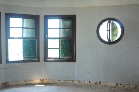 Nội thất một phòng ở lầu 1 của biệt thự bỏ hoang Đà Lạt- ảnh 2