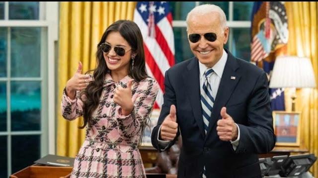 Pemerintahan Biden mendesak Para Remaja agar Divaksinasi COVID-19