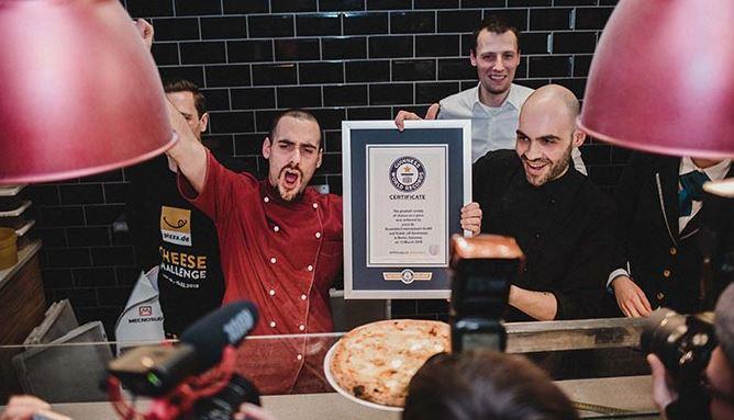 La plus grande variété de fromages sur une pizza