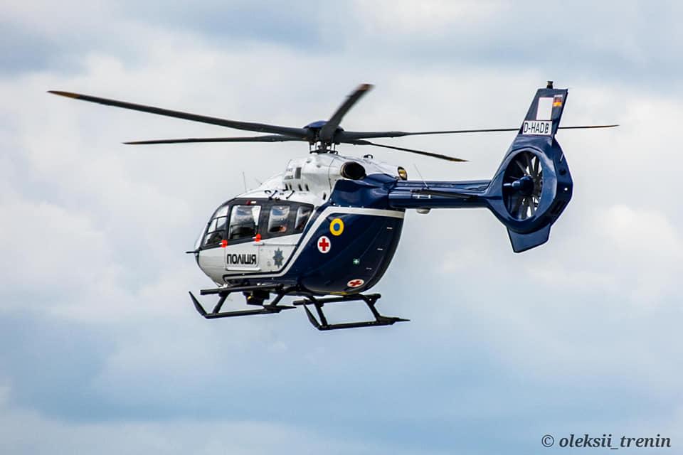 В Україну прибув п'ятий гелікоптер H145 для поліції