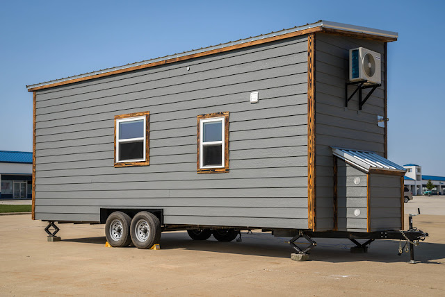 Wind River tiny home, Triton