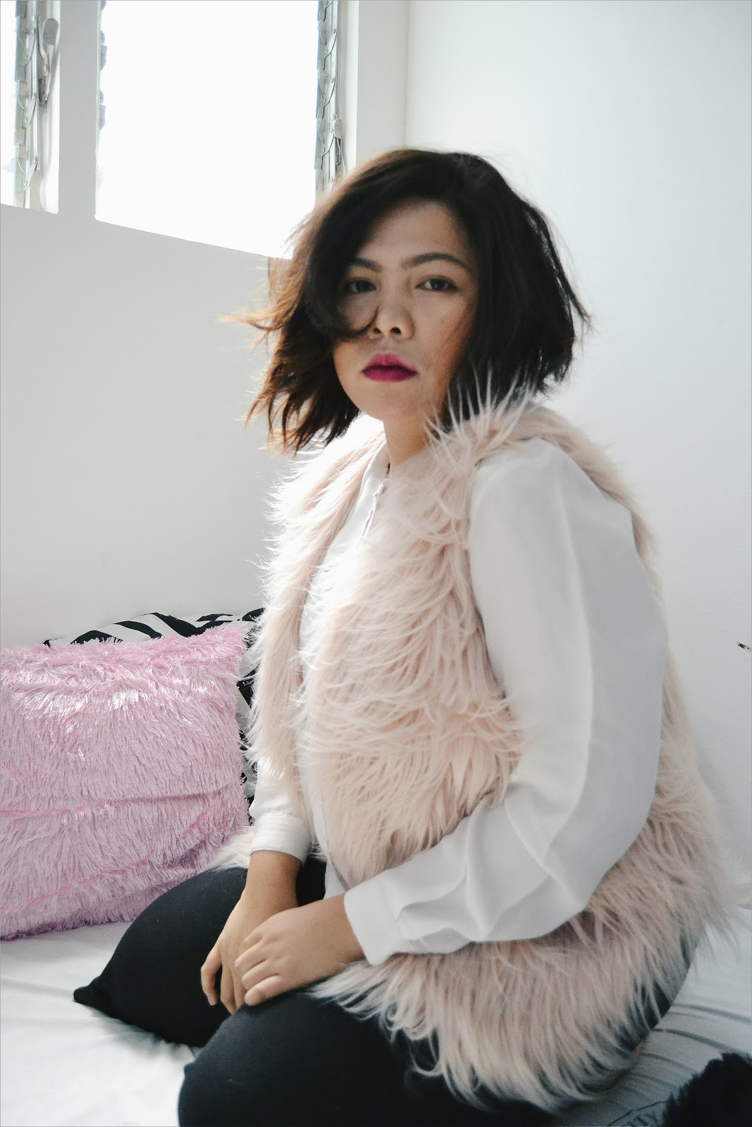 www.qingsstyle.com-gamiss-fur-vest-styling