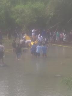 Mayat Laki - Laki Ngambang di Sungai Belakang Jack Load Baratan