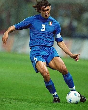 Maldini, el de más minutos