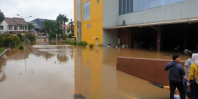 Akibat Banjir, Sejumlah Mal di DKI Tuntut Anies Ganti Rugi