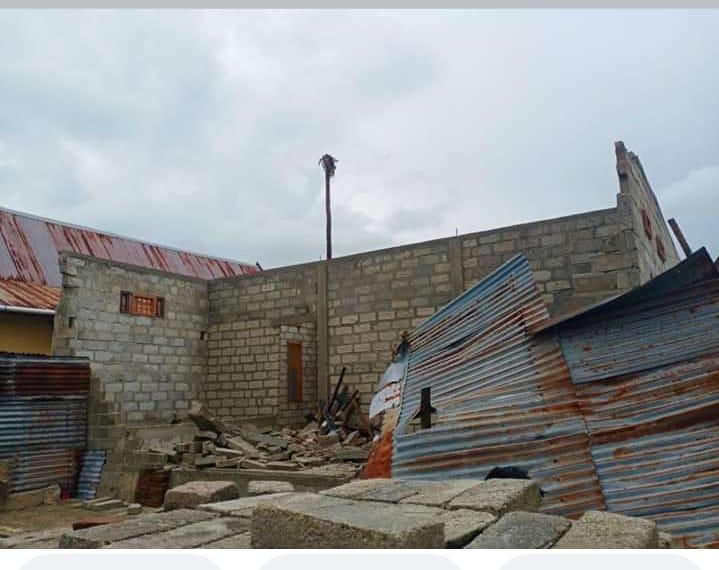 Angin Puting Beliung Terjang Selayar, Puluhan Rumah di Karumpa Mengalami Kerusakan Parah