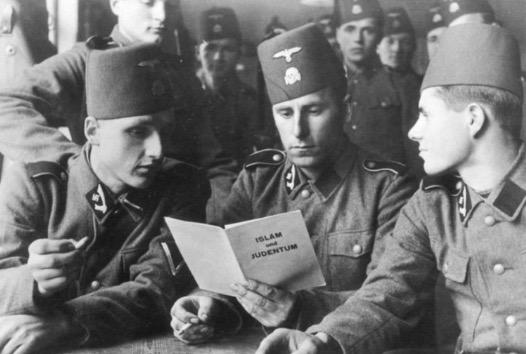 Apa Hubungan Adolf Hitler Dengan Mufti Besar Palestin?