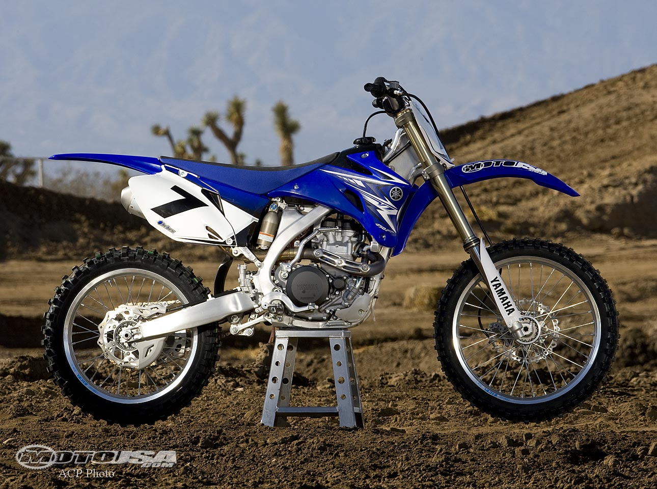 Filename: 2011 Yamaha YZ450F Owners Manual PDF Language: English File : PDF  Size: Mb