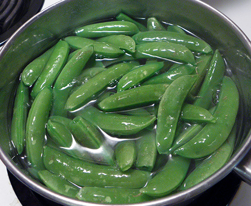 Peas added to boiling water: no longer boiling