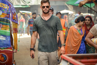 Extraction Movie Wallpapers, Extraction Movie Pictures, Extraction Movie Photo, Extraction Movie Hemsworth Looks
