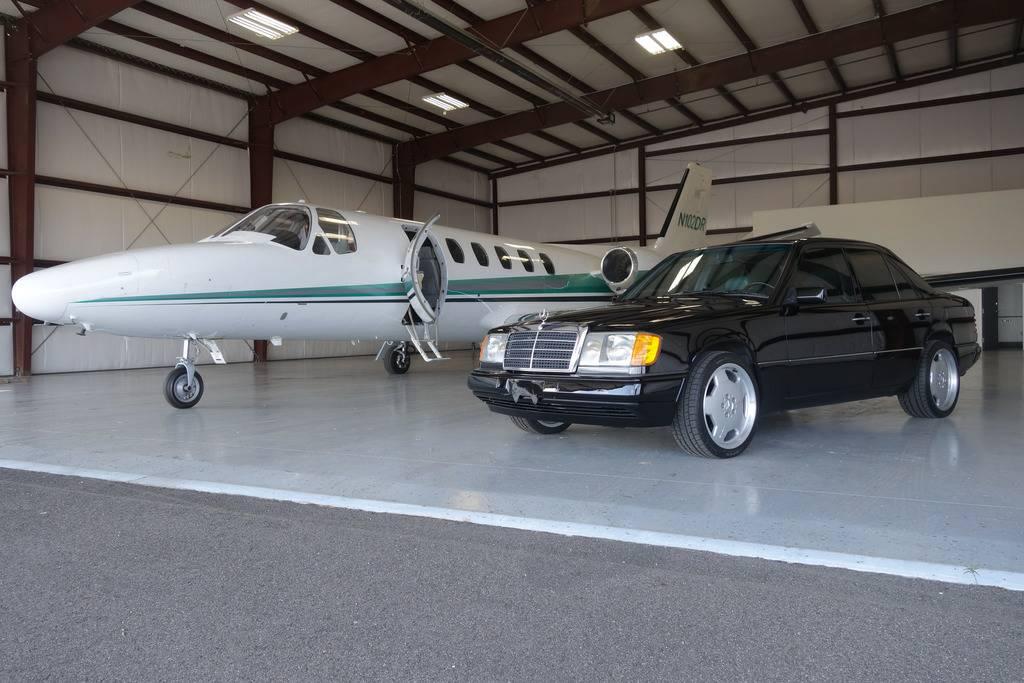 Daily Turismo Room For A King 1993 MercedesBenz 400E W124