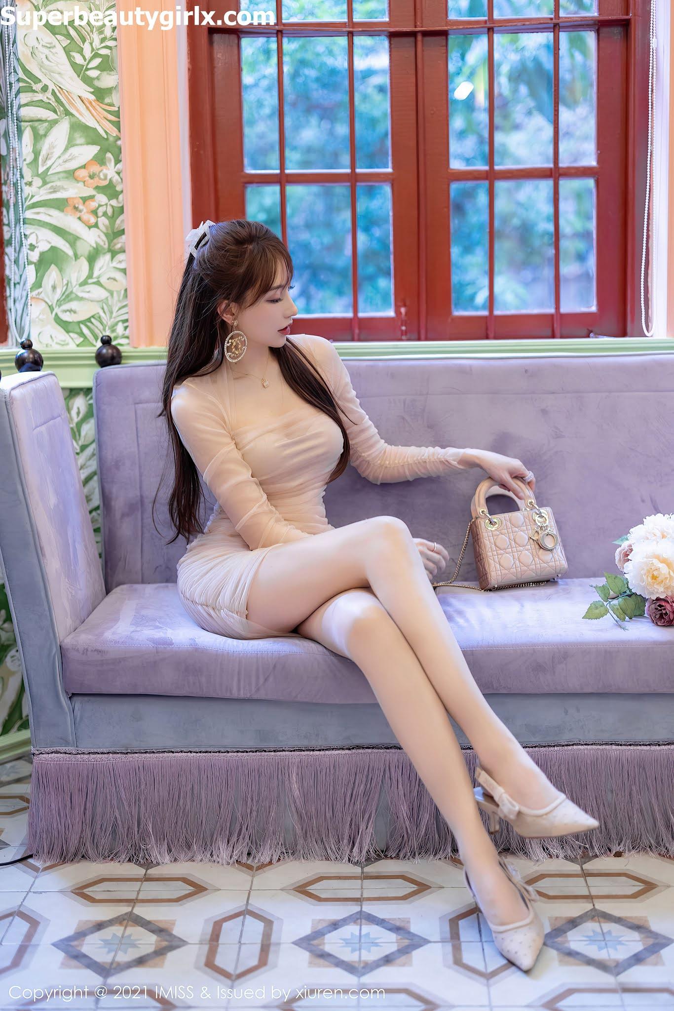 IMISS-Vol.586-Lynn-Liu-Yining-Superbeautygirlx.com