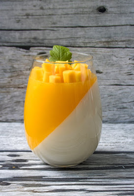 Fresh Mango Panna Cotta