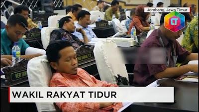 Speechless!! Begini Kelakuan Para Pejabat Saat Rapat