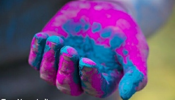 Holi Essay in Hindi and English for Students and Teachers