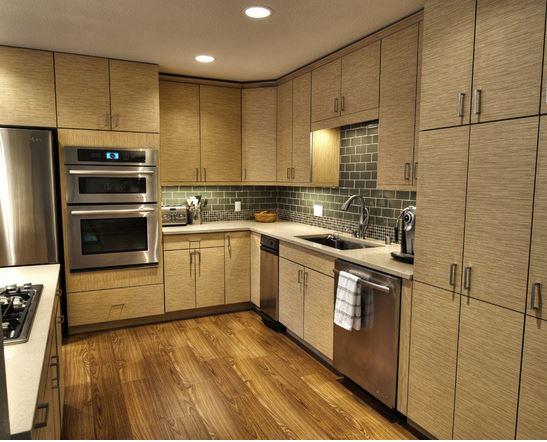 Tủ bếp Laminate cao cấp cho không gian bếp hiện đại