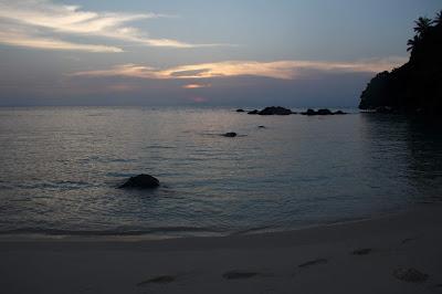 Langit menuju sore di Pulau Talang Talang