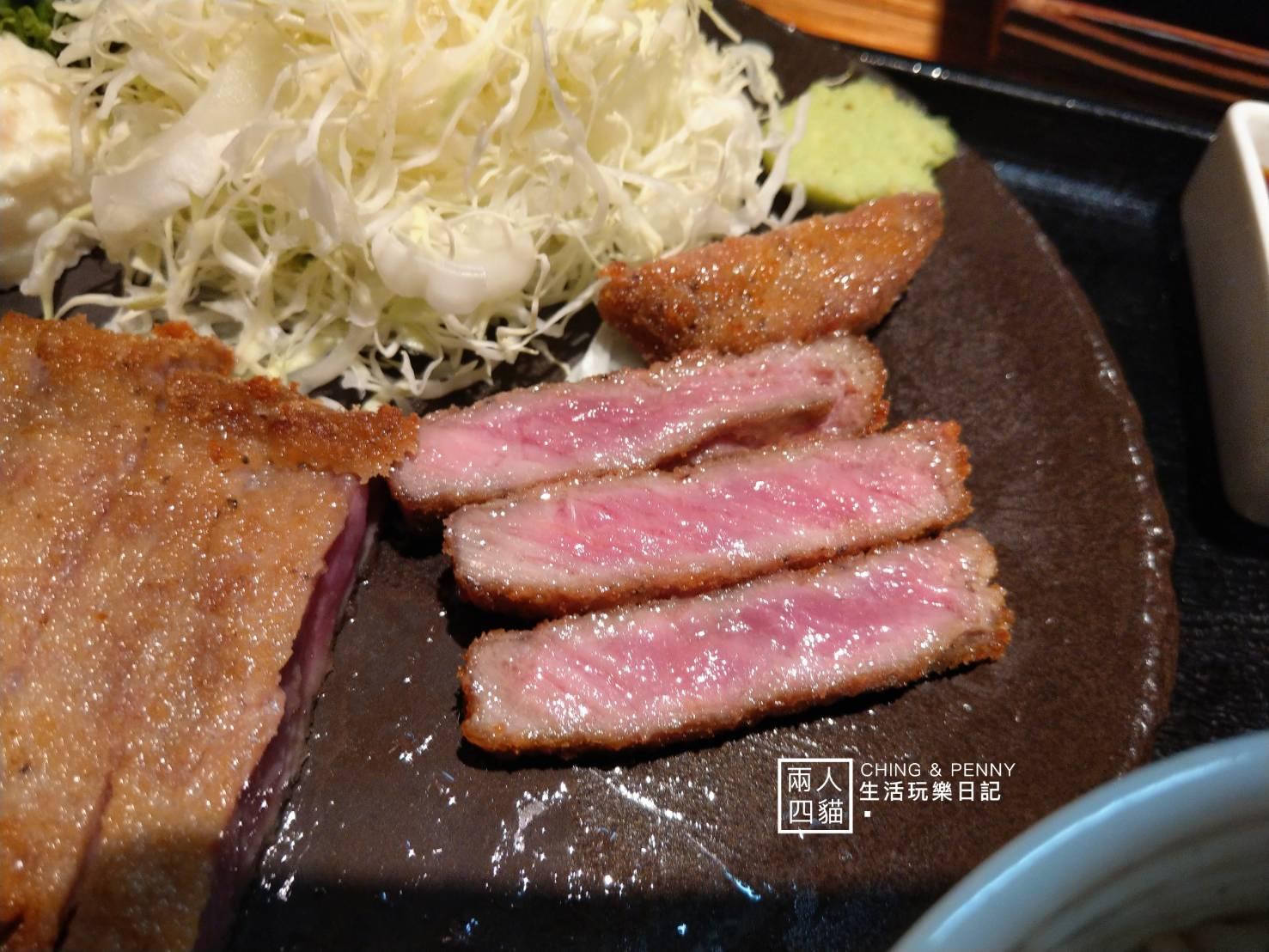 【東京|美食】淺草必吃!雷門對面超人氣炸牛排-「淺草牛かつ」先炸後烤超好吃(含中文菜單)