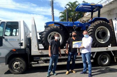 Registro-SP recebe Maquinários Agrícolas
