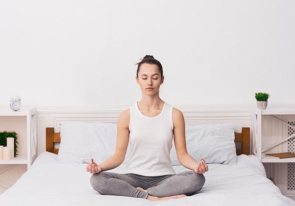 Kỹ thuật đặt tay để thực hiện ngồi thiền đúng cách tại nhà mang lại sự bình yên