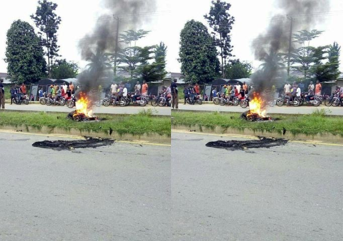 Mob burns robber to death for stealing commercial bike in Akwa Ibom
