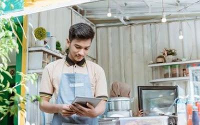 Lowongan Kerja Sebagai Penjaga Stand Makanan Dan Minuman  Di CV Semi Bintang Berkah Bandung