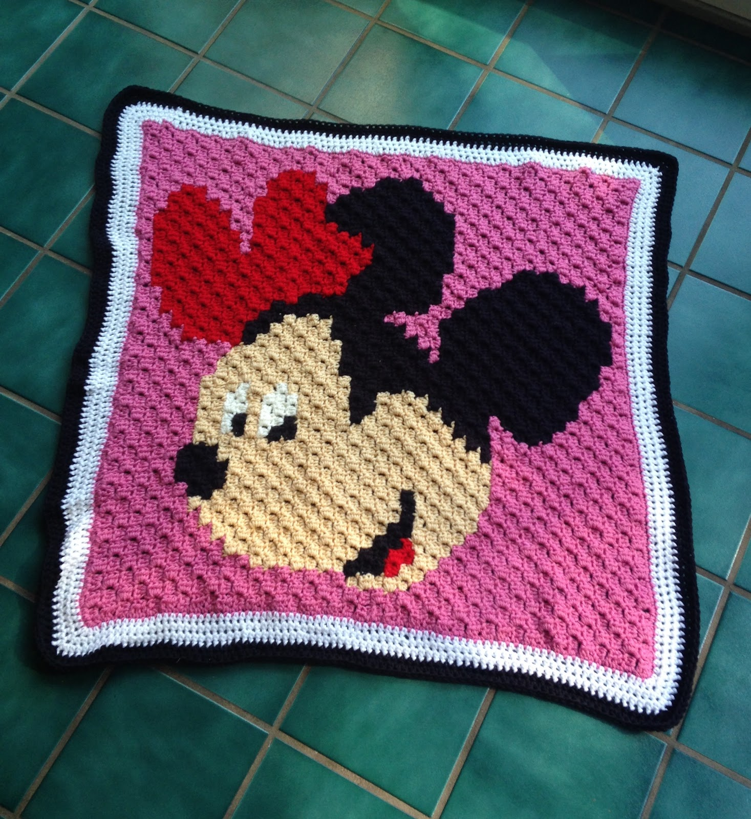 The Perfect Stitch...: Minnie Mouse C2C Baby Blanket