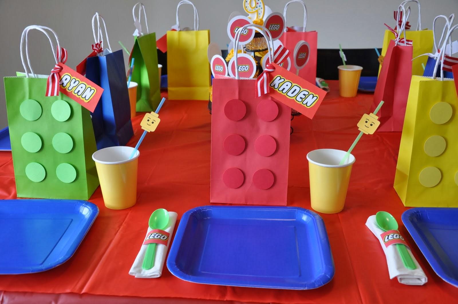 Decoraci n de mesa de fiesta de lego ideas y material for Decoracion infantil barata