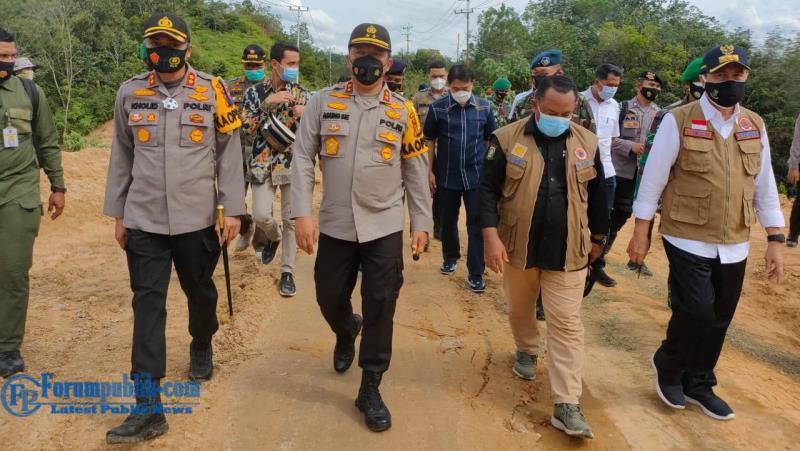 "Pesan Kapolda: ""Tetap Semangat"" Saat Tinjau Posko Terpadu Chek Point Perbatasan Riau-Sumbar"
