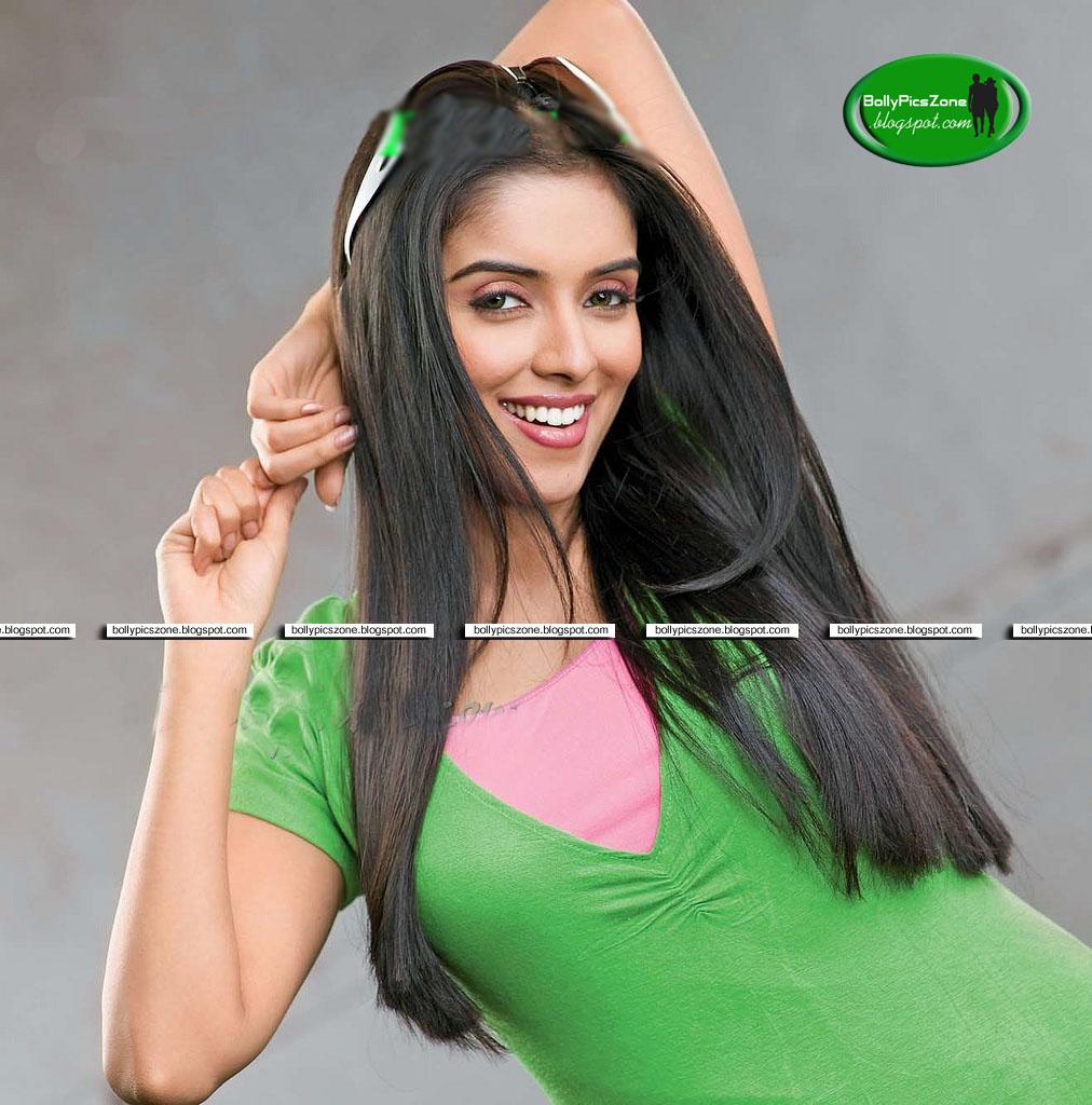 Asin Hot Images  Actress Images Hub-3149